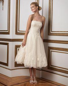 Ivory Strapless Lace Short Wedding Dresses
