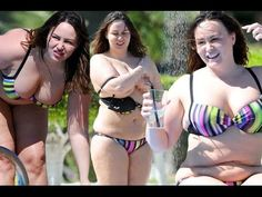 Chanelle Hayes lets it all hang out on boozy Spanish holiday !