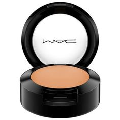 Mac Nw40 Studio Finish Spf 35 Concealer (335 MXN) ❤ liked on Polyvore featuring beauty products, makeup, face makeup, concealer, creamy concealer, mac cosmetics and mac cosmetics concealer