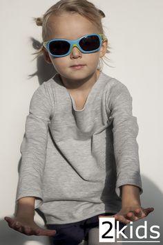 top: 2kids glasses: ORAO Scratchy, Decathlon shorts: H&M  #2kids
