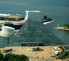 Rock & Roll Hall of Fame in Cleveland