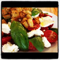 Mozza and tomatoes