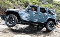 Light blue jeep wrangler 4x4 #coolboataccessories