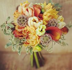 Autumn fall wedding flowers