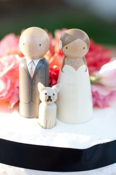 Wood Cake Topper | photography by http://juliemikos.com/