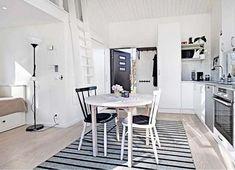 Esta casa tem apenas 22 metros quadrados, mas não se deixe enganar, a casinha tem tudo o que uma grande tem, e muito mais!