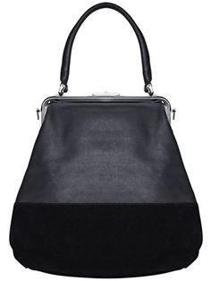 I love the shape of this bag! Luxury Bags, Luxury Handbags, Diy Wallet Pattern, My Bags, Purses And Bags, Leather Handbags, Leather Bag, Frame Bag, Hip Bag