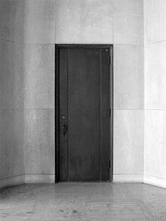 Door  (www.schinster.com)