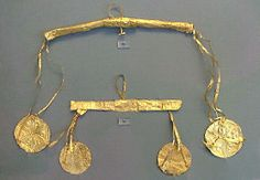 Mycenae gold  ornamentation c.1580 BC    Found at: http://www.allaboutgemstones.com/jewelry_history_ancient_greek.html