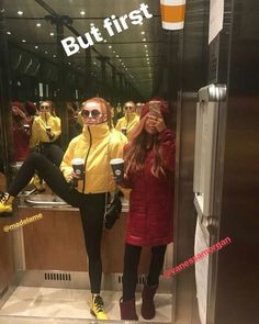 Hahahahahaha mads and Vanessa Choni for life 🥰😘 Riverdale Funny, Riverdale Memes, Riverdale Cast, Riverdale Netflix, Cheryl Blossom Riverdale, Riverdale Cheryl, Archie Comics, Riverdale Cole Sprouse, Vanessa Morgan