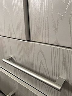 "Faux Wood Grain Contact Paper Self Adhesive Vinyl Shelf Liner Covering for Kitchen Countertop Cabinets Drawer Furniture Wall Decal (23.4""Wx117""L, White-silver sandalwood)"