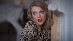 Swift gets a little cray in her new music video.