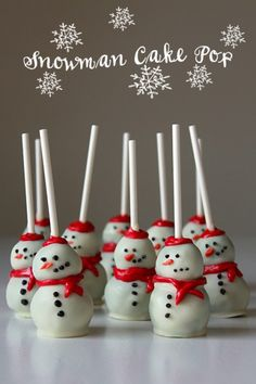 10 Christmas Cake Pops No One Will Be Able to Turn Down - WomansDay.com
