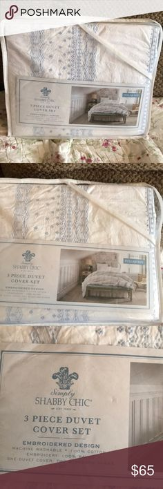 Simply Shabby Chic 3 piece Duvet Cover Set Simply Shabby Chic by Rachel Ashwell 3 Piece Duvet Cover full\queen size. Still new in package. Set Duvet cover and two standard pillow shams. Simply shabby chic by Rachel Ashwell Other