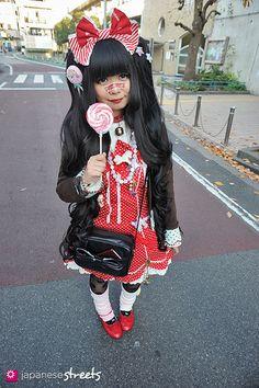 AIRI (UTOTO) Harajuku, Tokyo AUTUMN 2013, GIRLS Kjeld Duits STUDENT, 18  Cardigan – Angelic Pretty Salopette Skirt – Angelic Pretty Shoes – ...