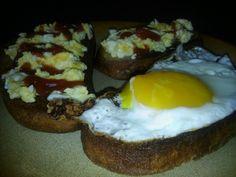 Domácí sádlové rohlíčky | NejRecept.cz Nutella, Hamburger, Eggs, Breakfast, Pizza, Author, Morning Coffee, Egg, Burgers