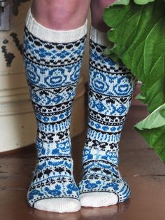 Nordic Yarns and Design since 1928 Fair Isle Knitting, High Knees, Needles Sizes, Crafts To Do, Ravelry, Wool, Stitch, Pattern, Knits