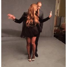 Pin for Later: Beyoncé and Jay Z Do a Cute Couples Photo Shoot Backstage at the Grammys