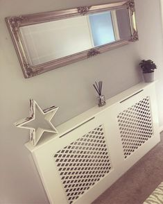 Is your home or apartment heated by old-school radiators? But these radiator units take up considerable wall space and, in many cases, they're unsightly. White Radiator Covers, Modern Radiator Cover, Contemporary Radiators, Traditional Radiators, Wall Heater Cover, Old Radiators, Surface Art, Wall Spaces, Old Houses