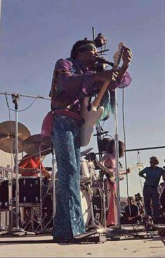 Jimi Hendrix Guitar, Jimi Hendricks, Jimi Hendrix Woodstock, Band Of Gypsys, Hey Joe, Jimi Hendrix Experience, Psychedelic Music, Rock Festivals, My Favorite Music