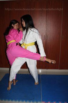 Karate Girl, Martial Arts Women, Female Art, White Jeans, Exercise, Fashion, Woman Art, Ejercicio, Moda