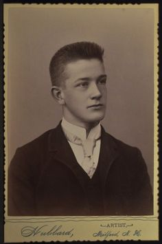 Cabinet Photo Handsome Young Man Flat Top Hubbard Milford New Hampshire 1890s