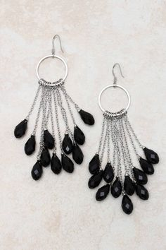 Jaden Chandelier Earrings http://www.eozy.com/acrylic-beads-charms