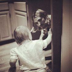 Kurt sempre estará vivo em nossos corações. (Foto linda demais e.e)