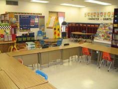 Welcome to Mrs. Dana's Kindergarten Hive- a look inside this Kinder teacher's classroom & how she organizes it