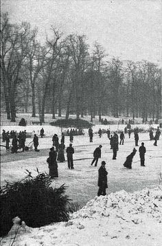 Hyde Park, London - It has been a long time since the Serpentine has frozen over so as to enable skating, this is 1900 and appears to be somewhere on the Long Water part of the Serpentine.