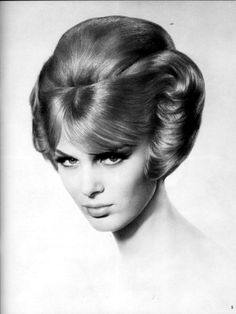 All sizes | Award+Winner 1966+(c) | Flickr - Photo Sharing! 1960 Hairstyles, Vintage Hairstyles For Long Hair, Musical Hair, Blonde Updo, Pin Up Hair, Big Hair, 1960s Hair, Medium Hair Styles, Long Hair Styles