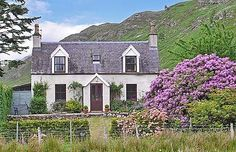 Coulags Croft (ref SDDQ) in Coulags, Strathcarron, Highlands Scottish Country Cottages, Cottages Scotland, Eco Buildings, Cottages And Bungalows, True Homes, Cottage Interiors, Cottage Design, Amazing Architecture, Old Houses
