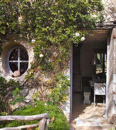 Maison & fenêtre féerique