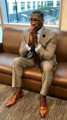 Great Mens Fashion, Mens Fashion Suits, Mens Suits, Black Men In Suits, Dapper Gentleman, Dapper Men, Gentleman Style, Mode Masculine, Sharp Dressed Man