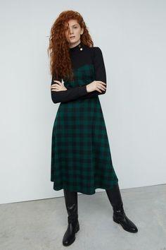 Vestidos y Faldas | Casual | Nueva colección | SFERA Jogging, Blazers, Trends, Vintage, Outfits, Collection, Style, Fashion, Patterned Dress