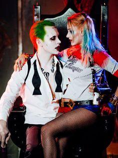 ♥ ♦he Joker and Harley Quinn cosplay by Sergey Chekhranov and Soffka Maltseva (x)♥ ♦ Harley And Joker Love, Harley Quinn Comic, Harley Quinn Cosplay, Joker Cosplay, Jaqueline Ferreira, Marilyn Monroe Portrait, Joker Poster, Harely Quinn, Heath Ledger Joker