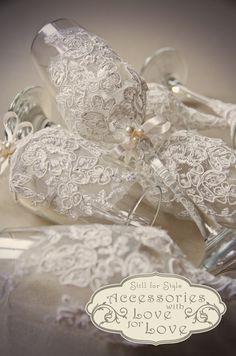 pahare pentru miri imbracate in dantela