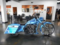 #Harley 2011 Harley-Davidson Touring 2011 Harley-Davidson FLHR - Road King please retweet