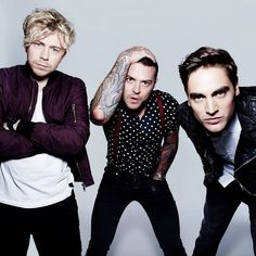 Busted reunion tour confirmed, Charlie Simpson joining for 2016