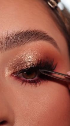 Prom Eye Makeup, Makeup Eye Looks, Eye Makeup Art, Cute Makeup, Eyebrow Makeup, Glam Makeup, Skin Makeup, Makeup Inspo, Eye Shadow Makeup
