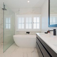 We came across this incredible Auckland property online via www.bayleys.co.nz This beautifully renovated 5 bedroom home has been fitted out using only the highest quality materials. The bathroom features, flush tiled shower bases, completely frameless shower screens and a luxurious freestanding bath. Our stunning matte black tapware truly makes a statement against the marble look floor to ceiling tiles in this space. #Meiraustralia #bathroomdesign