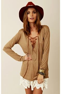 Cris cross taupe top