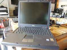 Dell Inspiron 2600 Laptop Celeron 1.06GHz 256MB DVD  WinXP AS IS PARTS ONLY