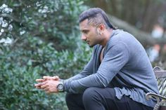You MUST read this article before watching Zorawar Love Couple Images, Couples Images, Zorawar Singh, Yo Yo Honey Singh, Bollywood Pictures, Mp3 Song Download, King Of Kings, Singing, I Am Awesome