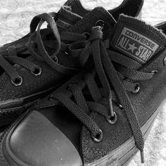 super popular 2cf53 a3a44 Chucks converse black Black Converse, Converse All Star, Converse Shoes,  Boys Accessories,
