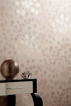 Sparkle Beige Floral Wallpaper - Flower Wall Coverings by Graham  Brown