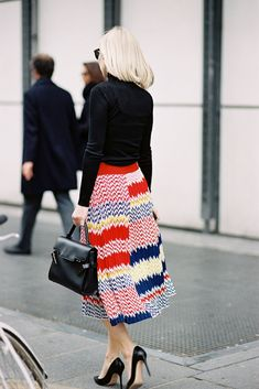 that skirt does not quit. #JaneKeltnerDeValle in Paris.