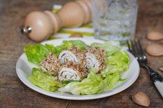 Un #secondopiatto facile da preparare e gustoso: involtini di pollo in crosta di mandorle - Omegame.it