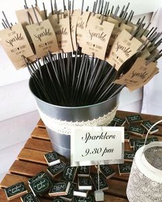 10 x personalizado Bengala etiquetas de regalo boda favor Let Love Sparkle fuegos artificiales etiquetas Vintage r/ústico Shabby Chic dise/ño de fuegos