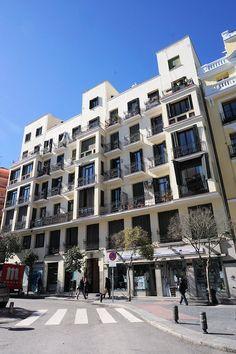 Immeuble d'habitation (1912) Plazza. de Cascorro, 20 Madrid. Architecte : José Carnicero Rodríguez.
